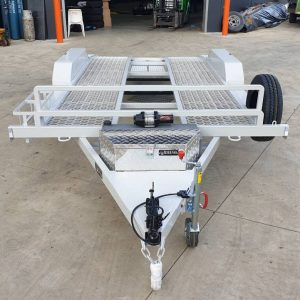 main car trailer